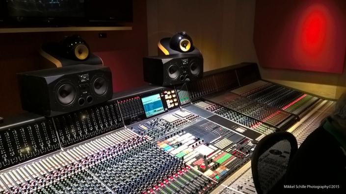 Neve_Console_Studio2
