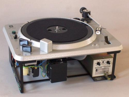 EMT_Studioplattenspieler_930st